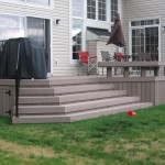 Vinyl and pressure treated lumber deck Ottawa